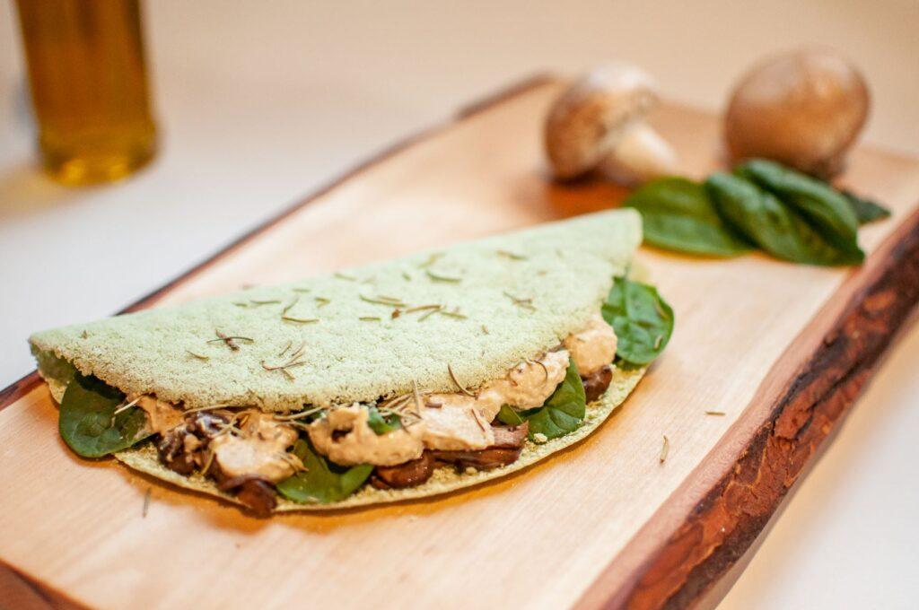 Tapi Go! spinach & mushroom crepe
