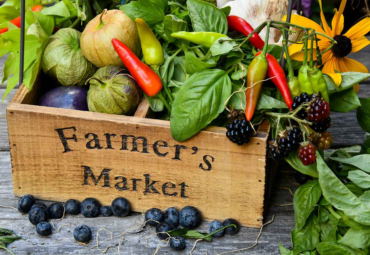Farmer's market box with vegetables